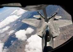 F-22 refuel.jpg
